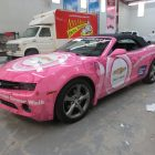 pink_vehicle_wrap